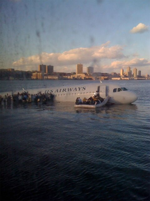 airplane_crach_hudson_river